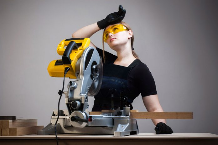 how-to-use-a-miter-saw